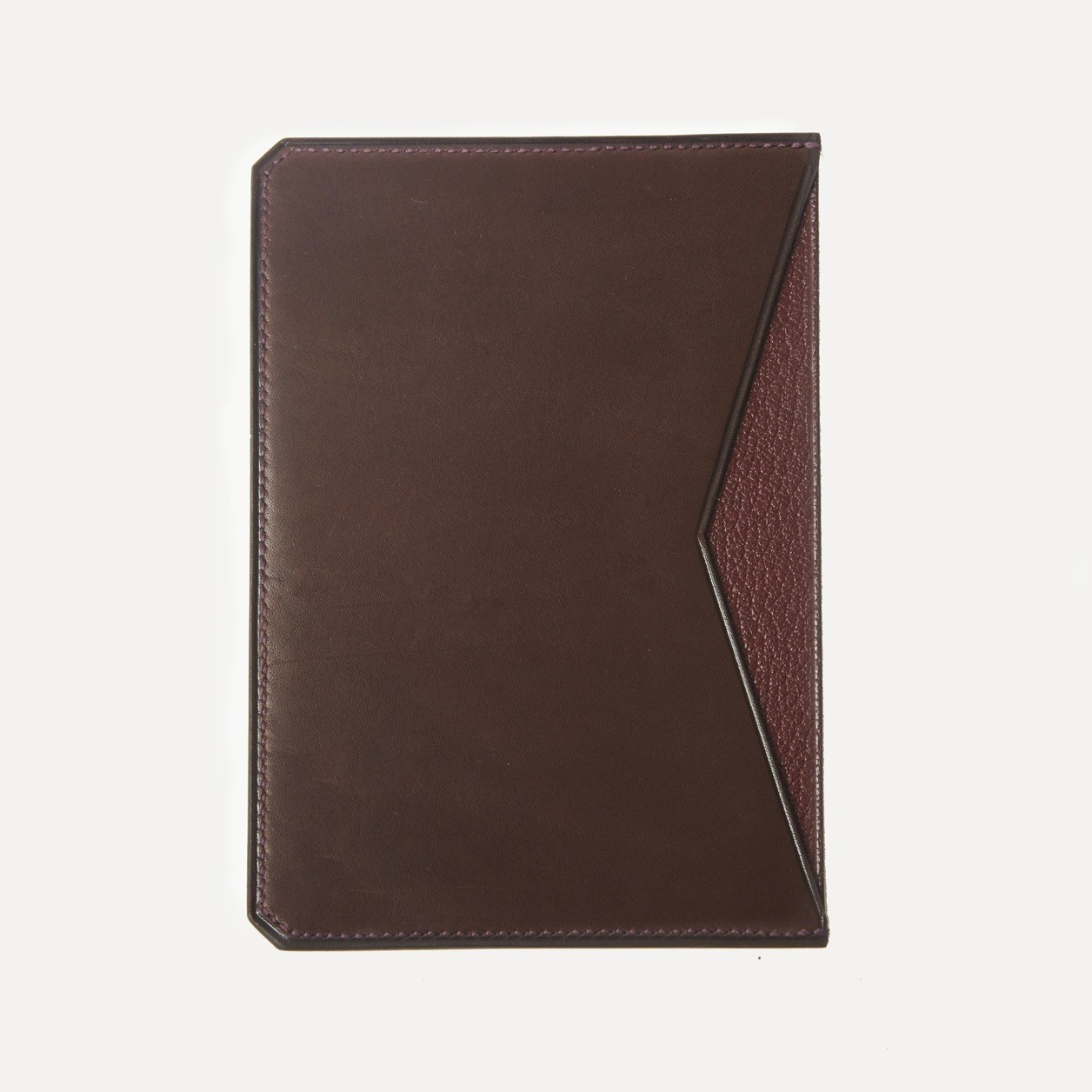 Turbigo in chocolate calfskin and burgundy kidskin lining